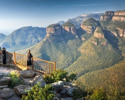 Panoramic views of the Blyde River Canyon